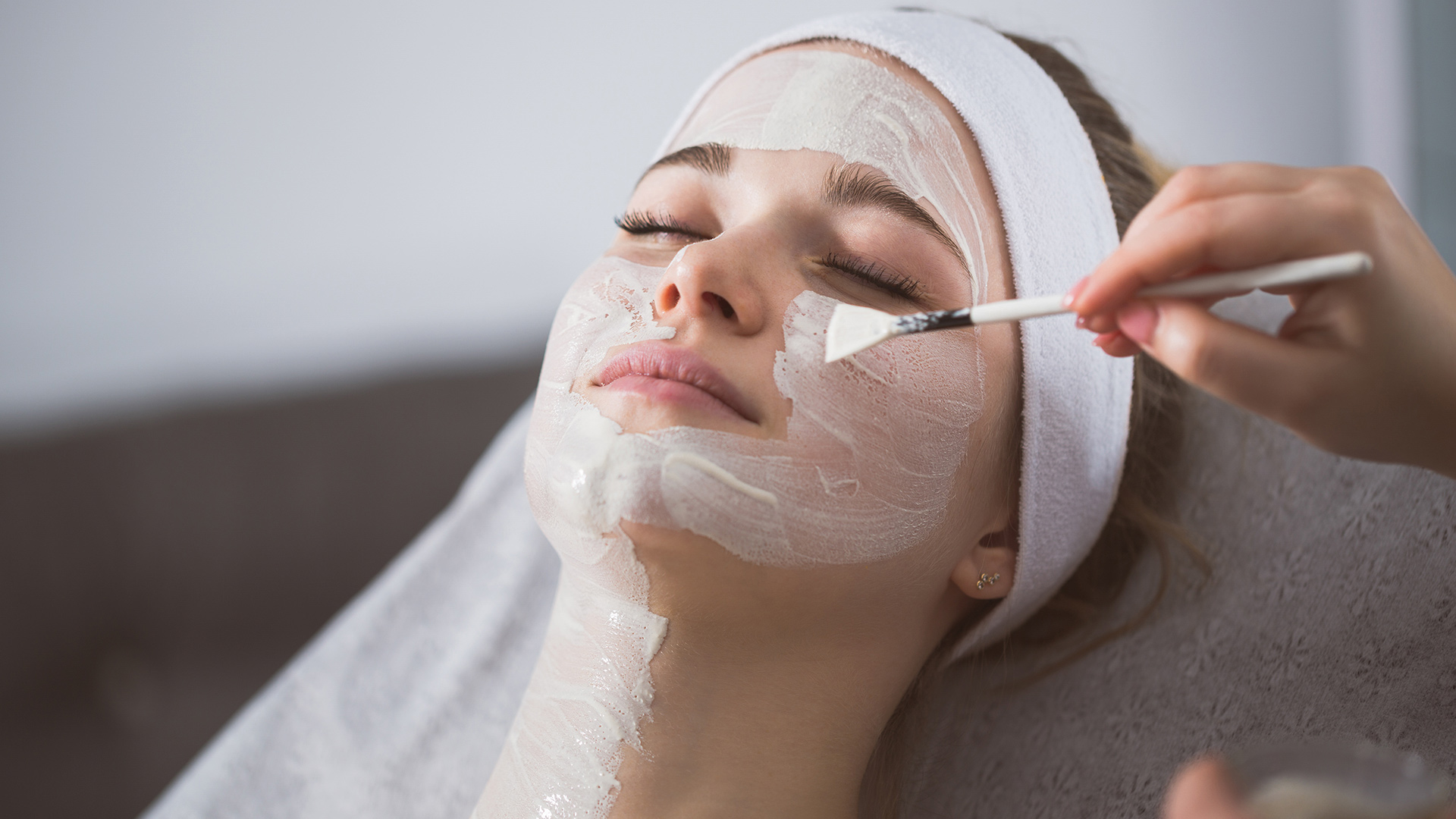 Facial care based on your skin type and seasons