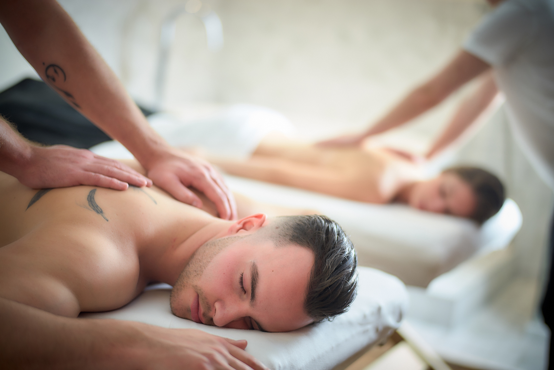 The benefits of a therapeutic massage on a monthly basis