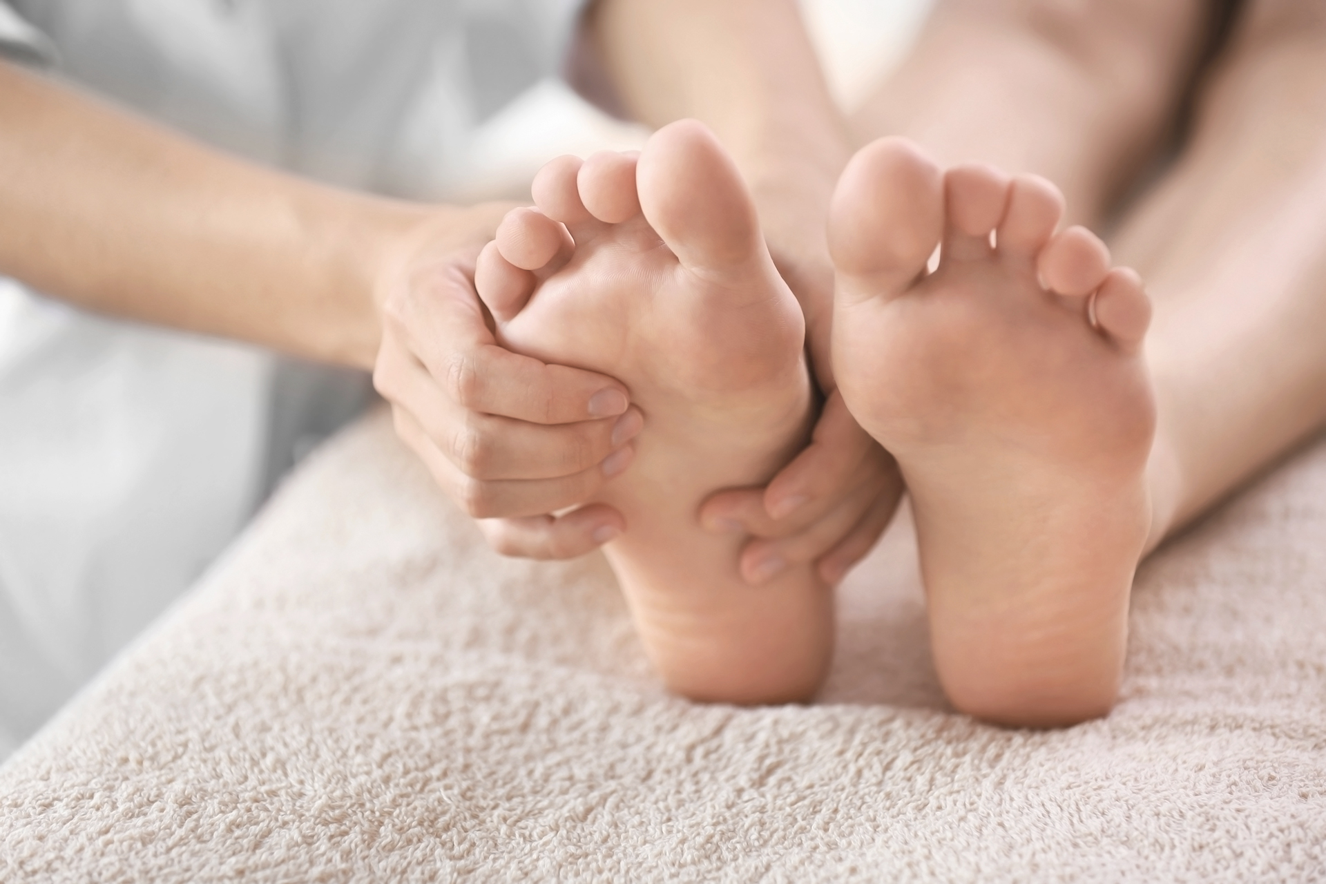 The benefits of foot massage on your whole body
